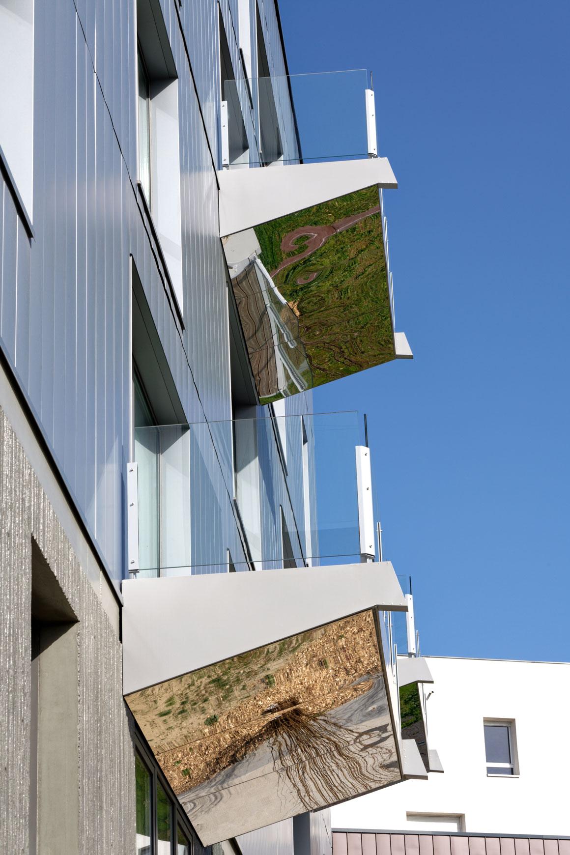 Le Flyer : bâtiment de bureaux et commerces à Lyon 8e. Agence d'architecture SOHO ATLAS IN FINE